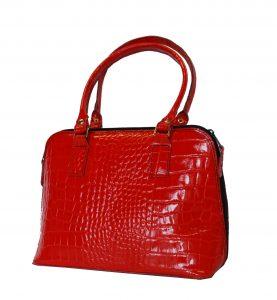 kvalitna-kozena-kabelka-so-vzorom-hadej-koze-c-8574-v-cervenej-farbe