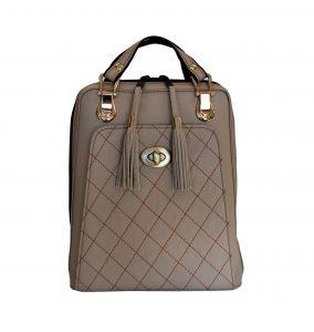 Kožený ruksak môžete použiť aj na turistiku alebo prechádzku. Kožený ruksak vyrobený z pravej kože je kvalitný, luxusný a trvácny. (2)