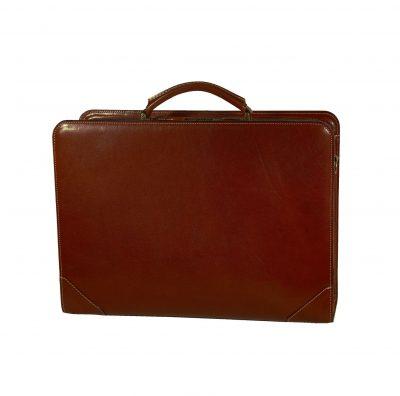 Kožený pracovný kufor č.8156 v hnedej farbe (1)