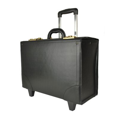 Celokožený kufor cestovný č.8173 s mechanikou v čiernej farbe.