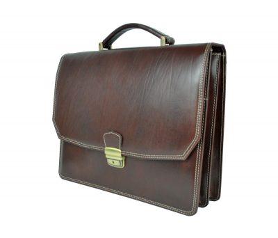 Kožená aktovka z pravej kože. Aktovka je plochá taška slúžiaca ako elegantné púzdro na uloženie rôznych spisov a dokumentov (2)