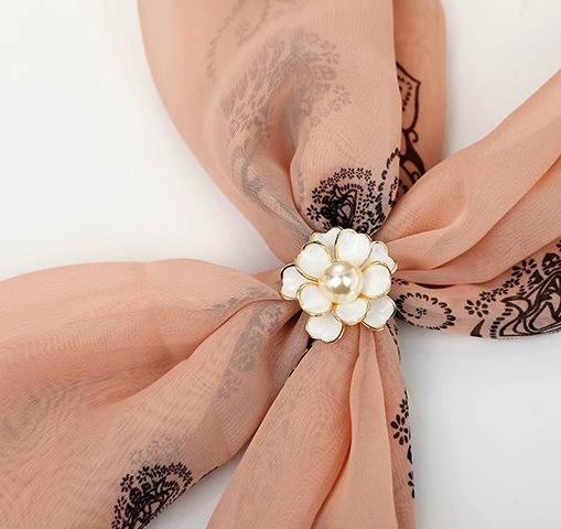 Luxusna-ozdoba-s-názvom-Biela-perla