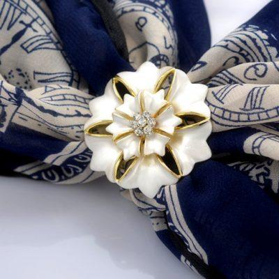Prsteň na šatky - Kvet zeme v tvare veľkého nádherného kvetu