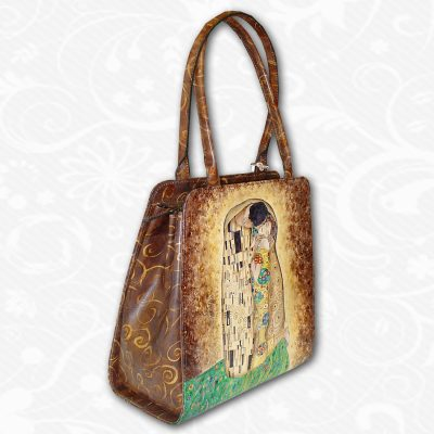 Ručne maľovaná kabelka s exkluzívnym motívom.Existuje len jeden kus. Každý jeden kus ručne maľovaných výrobkov je umelecké dielo.