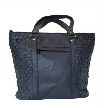luxusna-pletena-kozena-kabelka-c-8633-v-tmavo-modrej-farbe-2