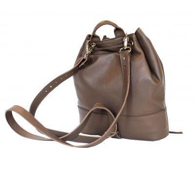 luxusny-kozeny-ruksak-z-jemnej-prirodnej-koze-v-hnedej-farbe-1