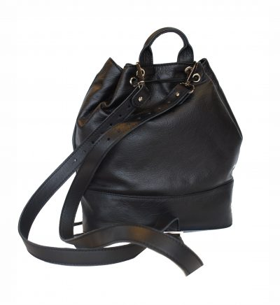 luxusny-kozeny-ruksak-z-jemnej-prirodnej-koze-vhodny-ako-na-kratkodobe-vychadzky-1