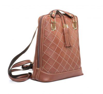 Luxusný kožený ruksak z pravej hovädzej kože so strapcami č.8661 v hnedej farbe (1)