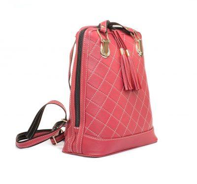 Kožený ruksak z pravej hovädzej kože so strapcami č.8661 v červenej farbe (1)