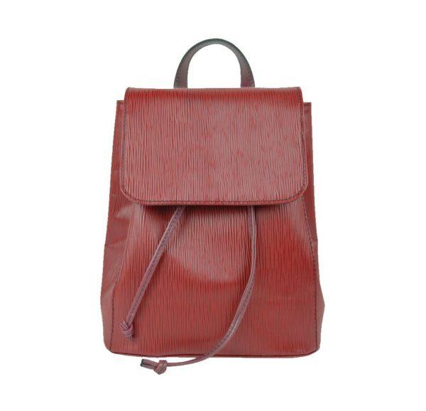 Luxusný kožený ruksak 8659 z luxusnej viton kože. Môžete si ho vziať napríklad na výlet alebo do mesta, vždy s ním však budete vyzerať elegantne (2)