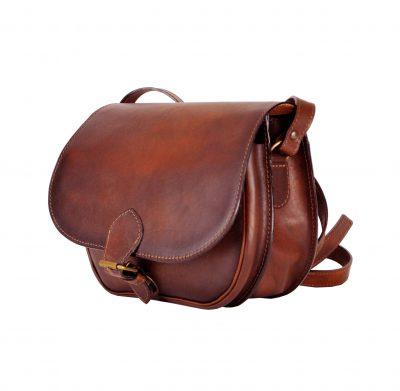 Unikátna Kožená kabelka. Výsledkom je nádherná kožená kabelka. Vycibrený taliansky vkus a zmysel pre detail a štýl sa spája s módnym doplnkom. (2)