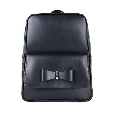 Exkluzívny kožený ruksak z pravej hovädzej kože č.8666 v čiernej farbe