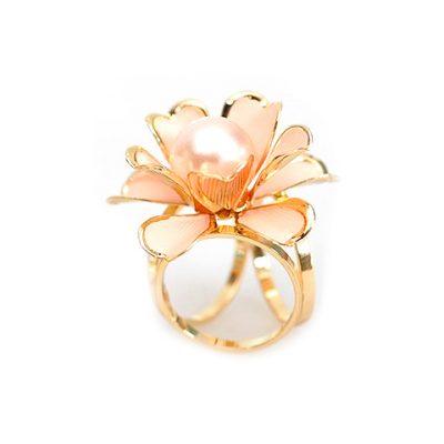 Unikátna ozdoba s názvom Ružová perla v podobe nádherného perlového kveta je ozdobná spona s väčšími rozmermi ako klasická ozdoba biela perla (2)