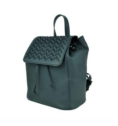 Kožený ručne vyšívaný ruksak v čiernej farbe (2)