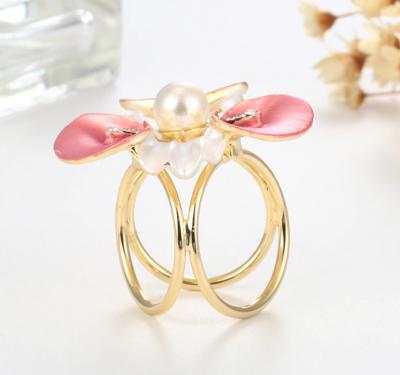 Elegantná ozdobná brošňa pre šatky v tvare ružového kvetu (2)