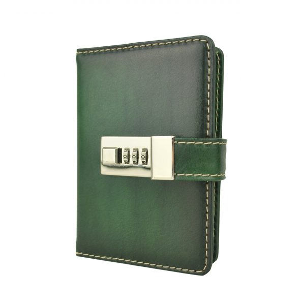 Malý ručne tieňovaný zápisník z prírodnej kože na heslový zámok, zelená farba