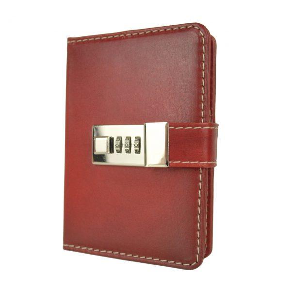 Malý ručne tieňovaný zápisník z prírodnej kože na heslový zámok, tmavo červená farba